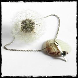 collier pendentif argent et paillete d'or du Salat - forme fleur emaux bleu nuit