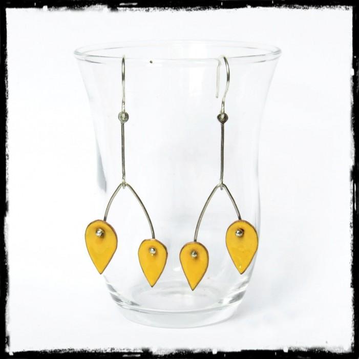 Boucles d'oreilles longues - Design et modernes - Emaux sur cuivre couleur jaune - Tige Argent 950 - Bijoux de créateur