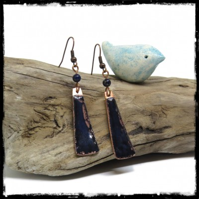 Long earrings - original bohemian style black and dark blue - enamels on copper - Glass Beads