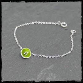 Bracelet fin romantique en argent massif et émaux sur argent- charms fleur vert anis chainette