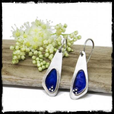 Boucles d'oreilles fines Design épuré en Argent massif et emaux bleus