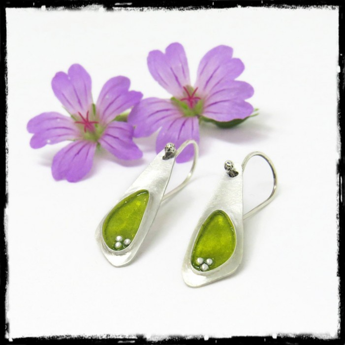 Solid Sterling silver and green anise enamel fine design earrings