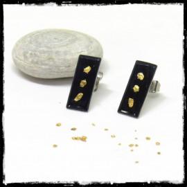 Boucles d'oreilles design contemporain pailletes d'or et emaux sur argent massif noirs