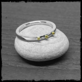 bague moderne anneau argent massif et 3 billes d'or natif poli brillant
