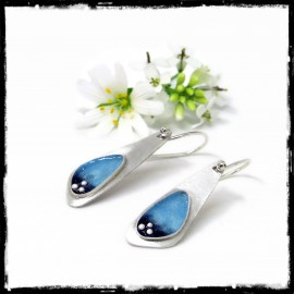 Boucles d'oreilles romantiques Design en Argent massif et emaux bleu clair