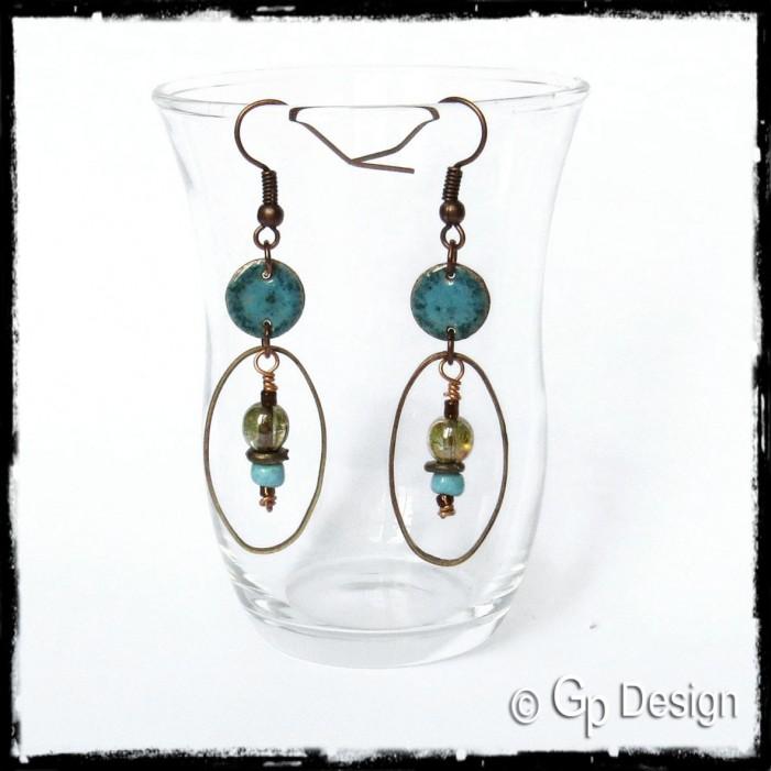 Boucles d'oreilles longues - boucles d'oreilles style bohème - émaux sur cuivre- perles de verre tchèques