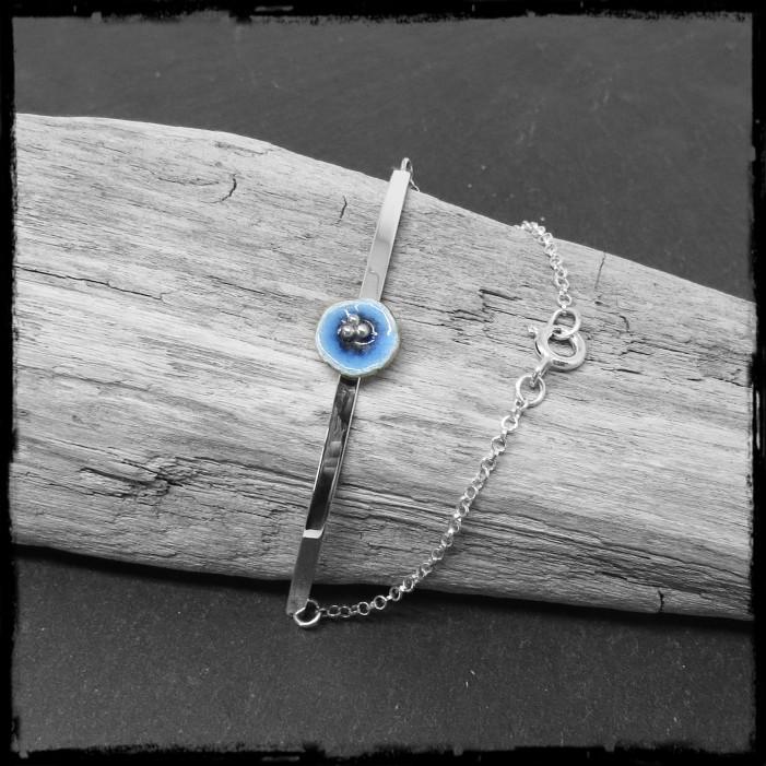 Bracelet semi-rigide romantique en argent massif et fleur émaux sur argent- chainette argent