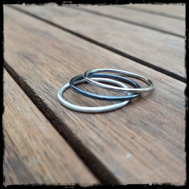 Simple minimalist round ring in Sterling Silver 925/1000 custom finish
