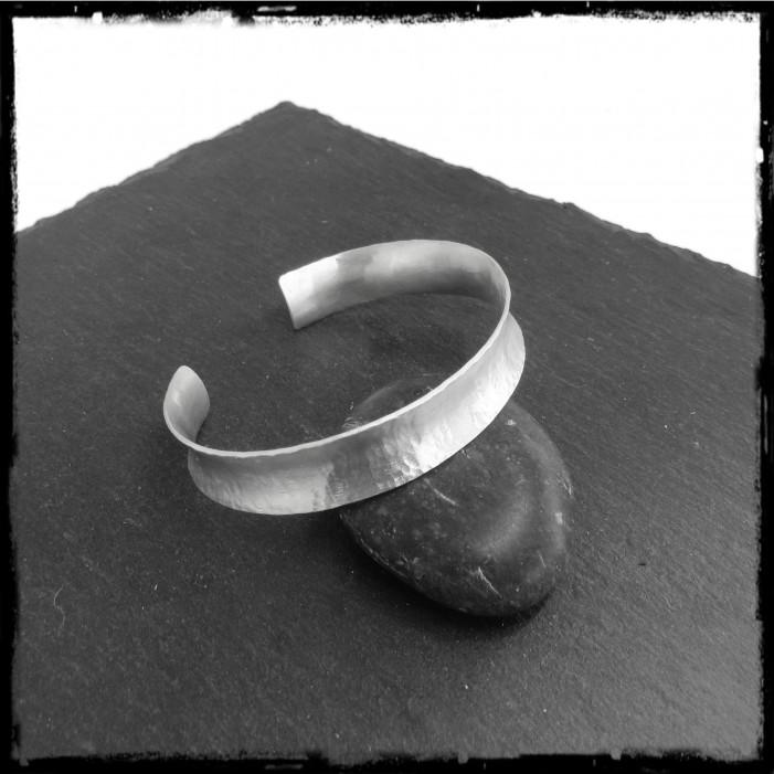 Open cuff in sterling silver - anticlastic shape - matt textured