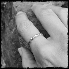 Twisted ring in 925/1000 sterling silver - original designer ring