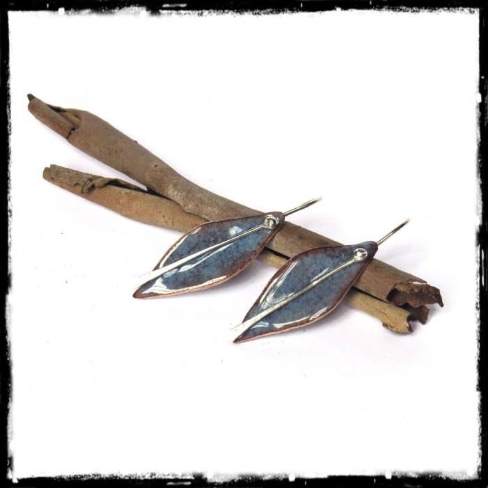 Boucles d'oreilles longues - Design - Forme Feuille- Emaux sur cuivre - Bleu - Argent 950