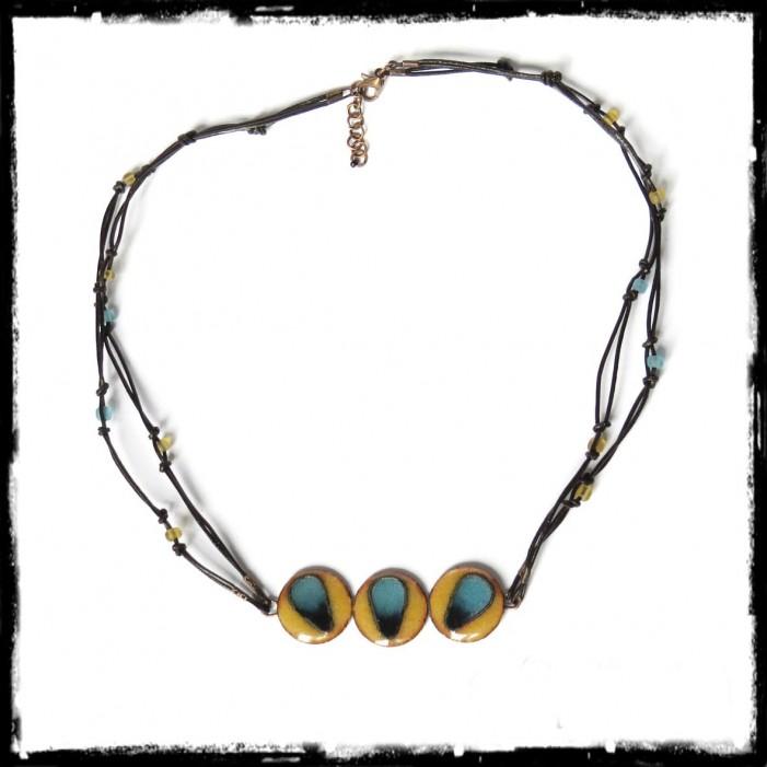 Collier ethnique tribal - collier de créateur - emaux cloisonnés jaune et bleu
