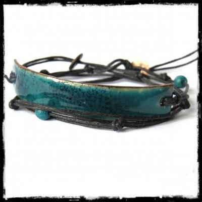 Bracelet multi tours - Moderne et original - Emaux sur cuivre  bleu/vert  transparent - ajustable