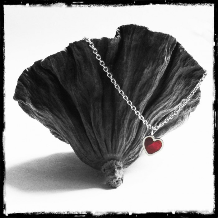 Necklace pendant small heart red solid silver and glass - Gift Valentine